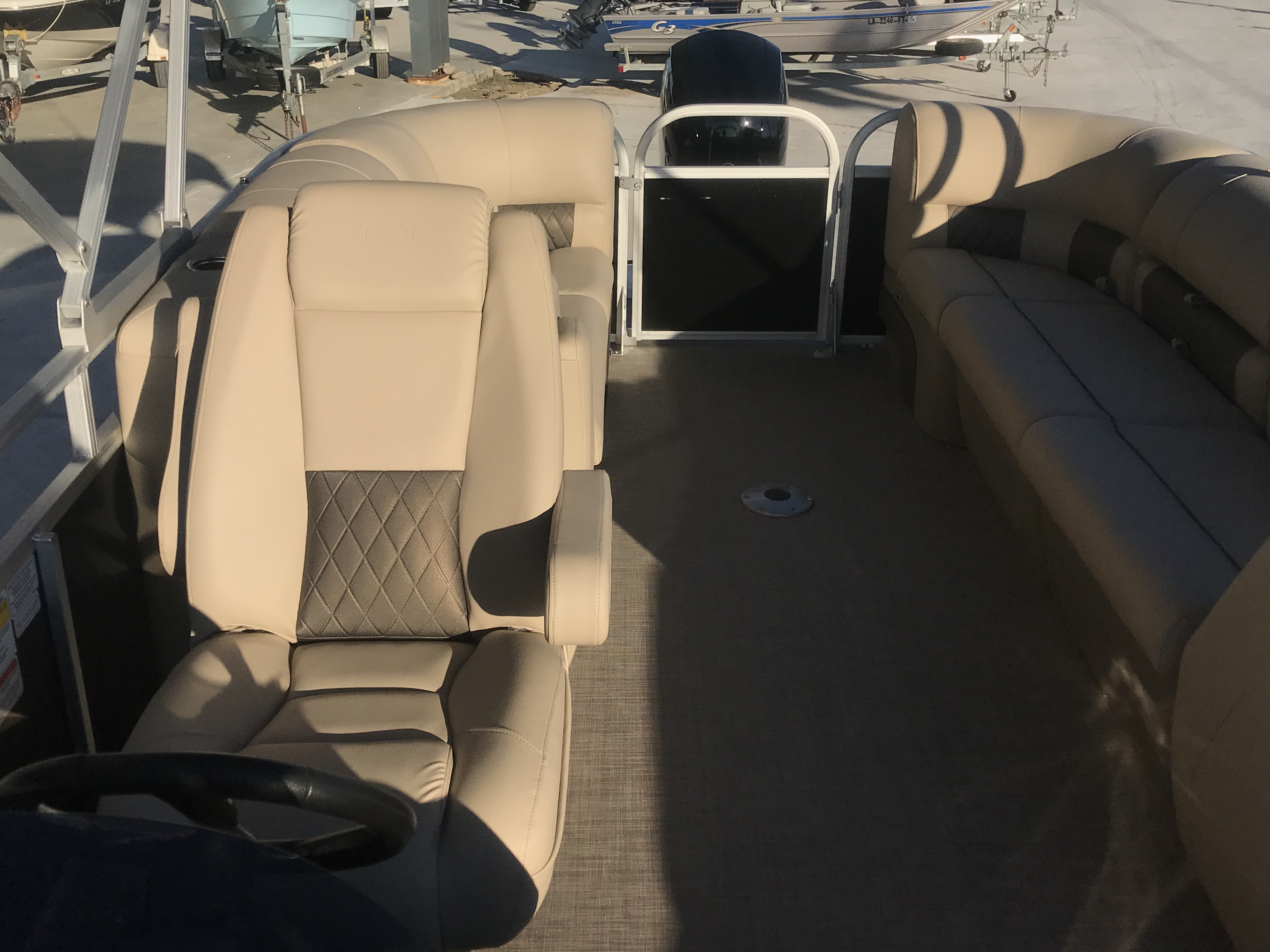 2022 Sun Tracker boat for sale, model of the boat is 22 Party Barge DLX & Image # 2 of 15