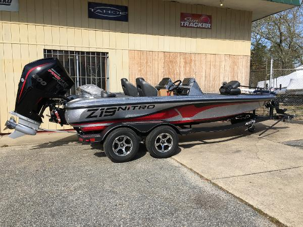 2021 Nitro boat for sale, model of the boat is Z19 Pro & Image # 1 of 32