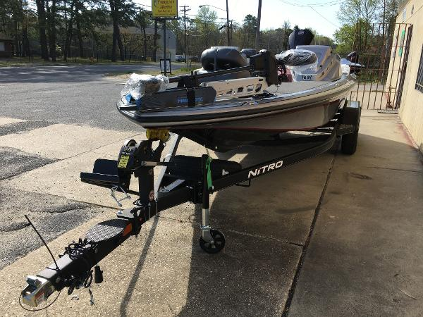 2021 Nitro boat for sale, model of the boat is Z19 Pro & Image # 3 of 32