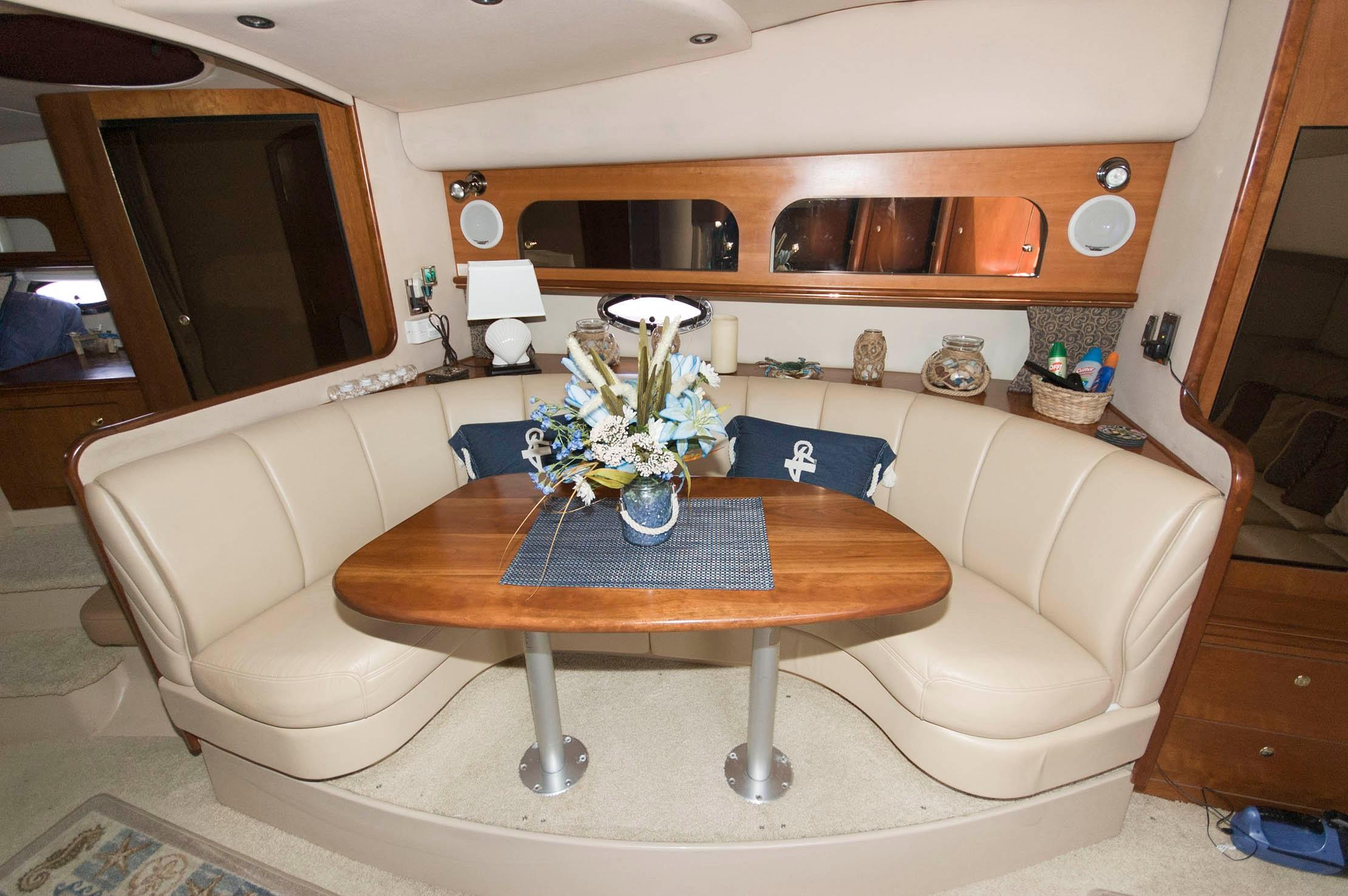 M 5080 RD Knot 10 Yacht Sales