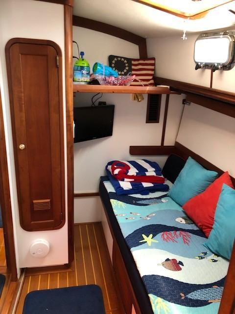 Comfy Guest Cabin