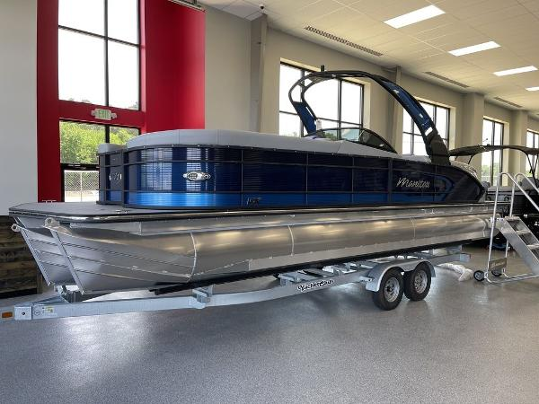 2021 Manitou boat for sale, model of the boat is 27 LX RFXW SHP & Image # 1 of 13