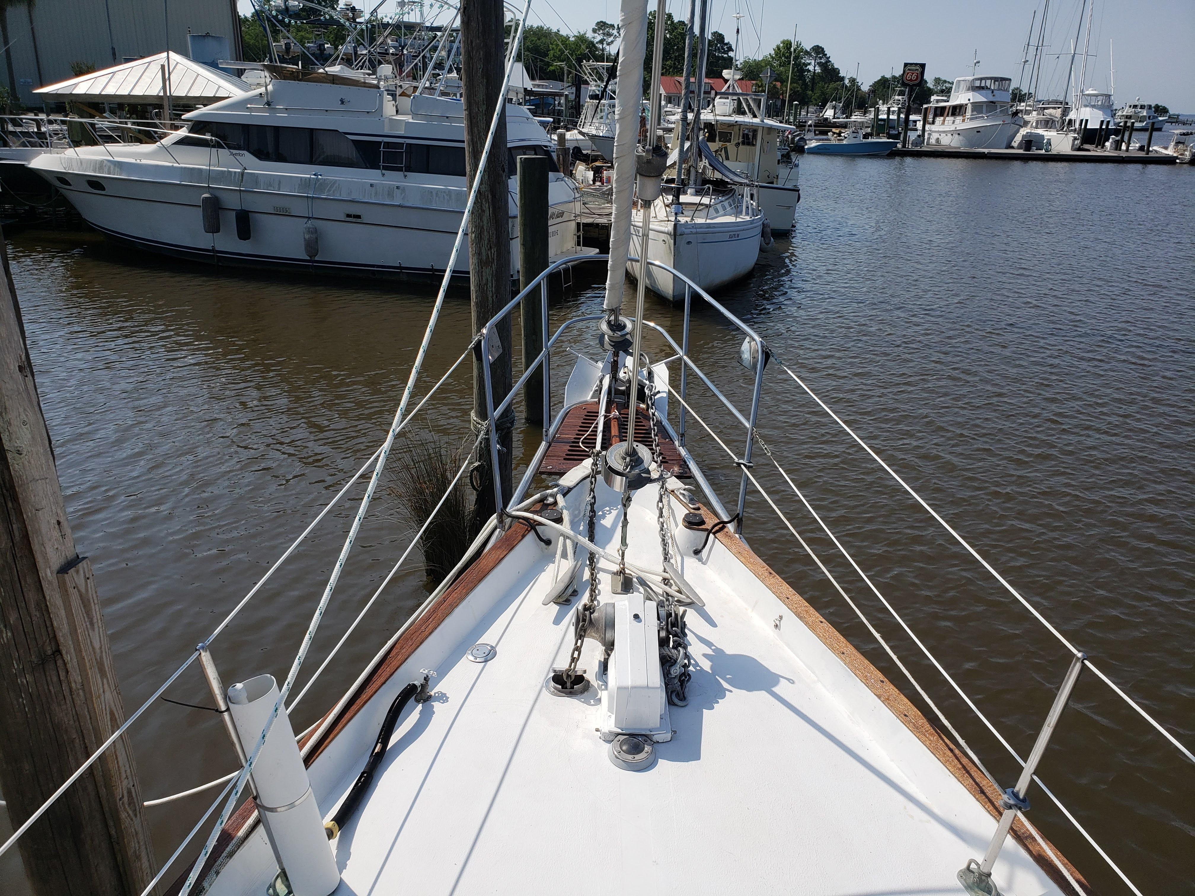 SC 6164 JM Knot 10 Yacht Sales