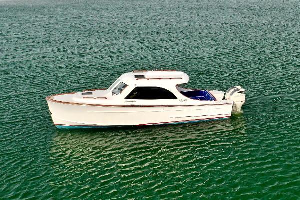 2018 Maverick Yachts 32 Custom Carolina Picnic Boat