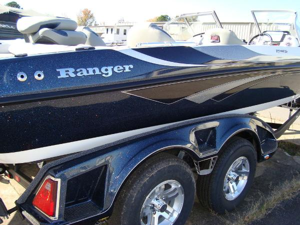 2021 Ranger Boats boat for sale, model of the boat is 212LS & Image # 4 of 29