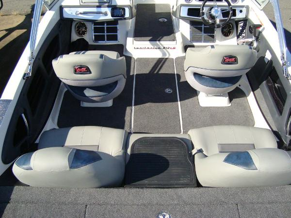 2021 Ranger Boats boat for sale, model of the boat is 212LS & Image # 9 of 29