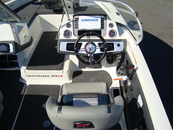 2021 Ranger Boats boat for sale, model of the boat is 212LS & Image # 10 of 29