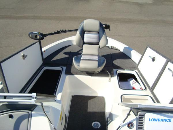 2021 Ranger Boats boat for sale, model of the boat is 212LS & Image # 23 of 29