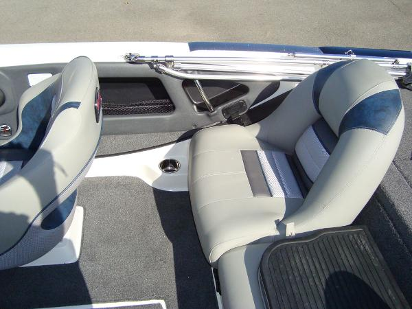 2021 Ranger Boats boat for sale, model of the boat is 212LS & Image # 25 of 29