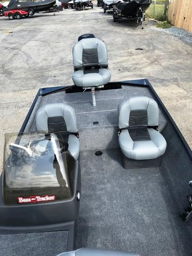 2022 Tracker Boats boat for sale, model of the boat is BASS TRACKER® Classic XL & Image # 13 of 20