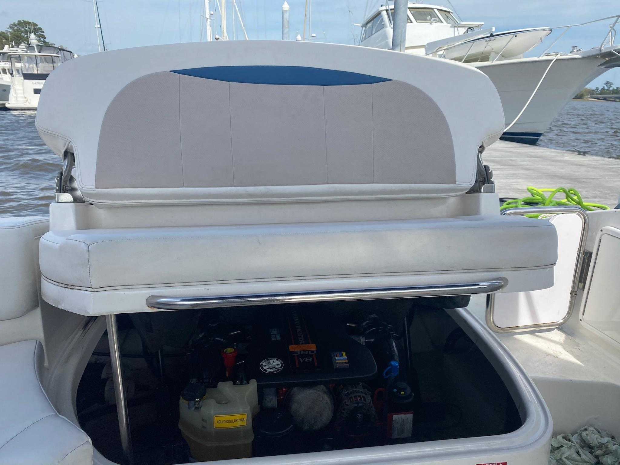 SC 5983 EE Knot 10 Yacht Sales