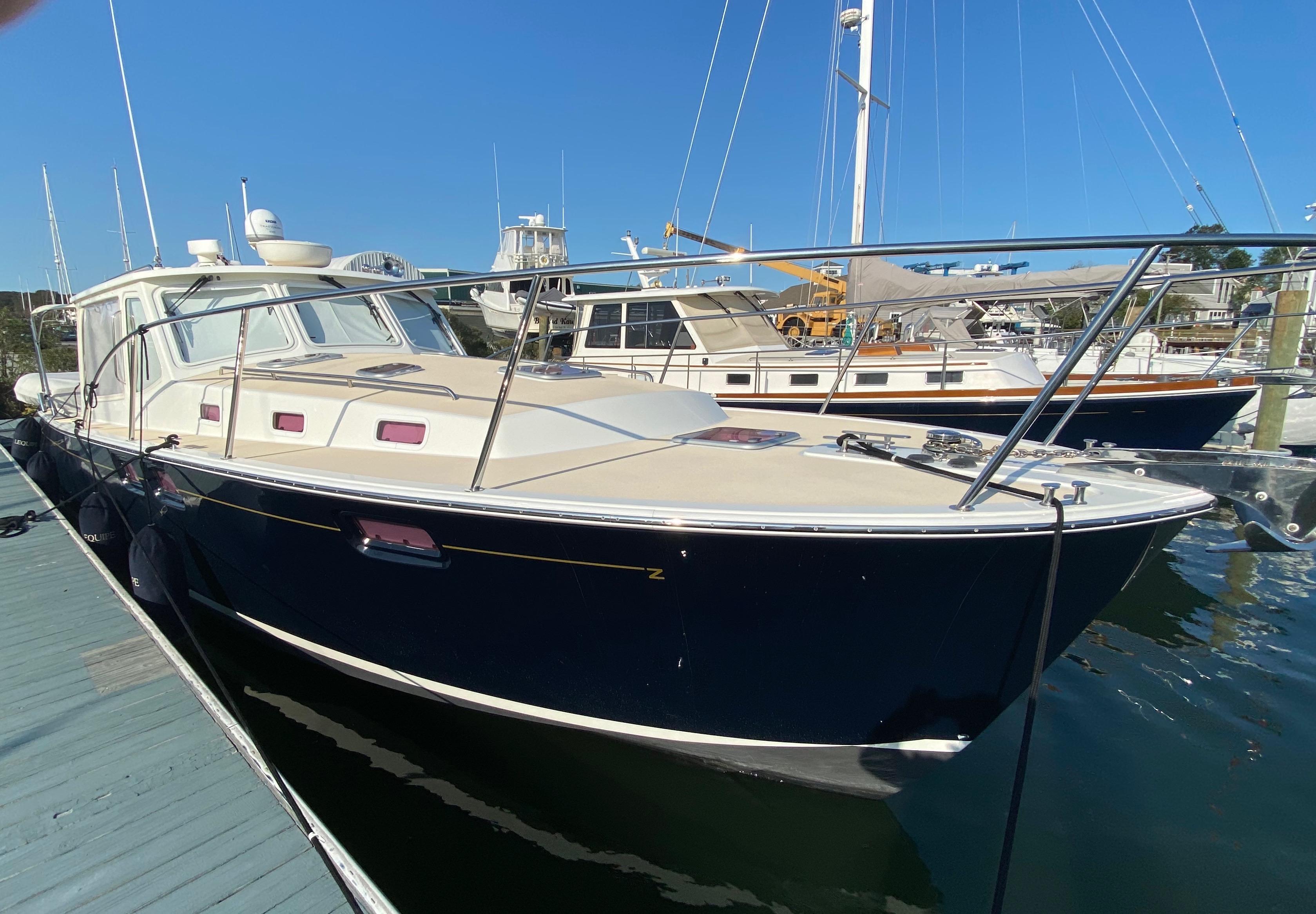 40' MJM Yachts 2012