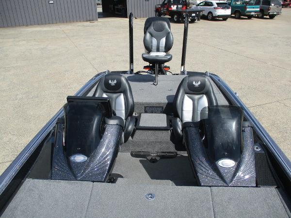 2018 Phoenix boat for sale, model of the boat is 721 ProXP & Image # 10 of 12