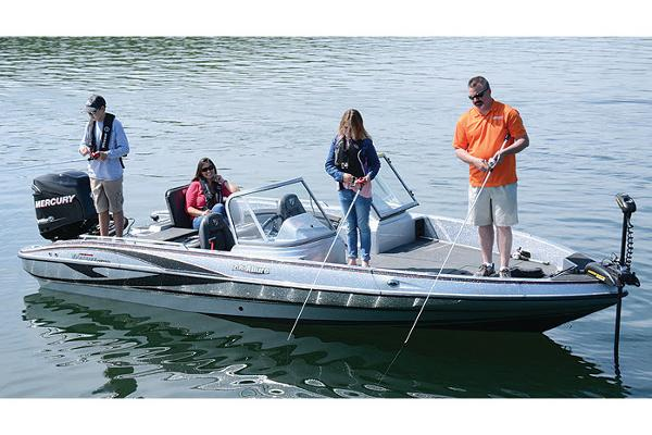 2018 Triton boat for sale, model of the boat is 206 Allure & Image # 2 of 9