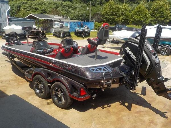 2020 Ranger Boats boat for sale, model of the boat is Z520L & Image # 8 of 51
