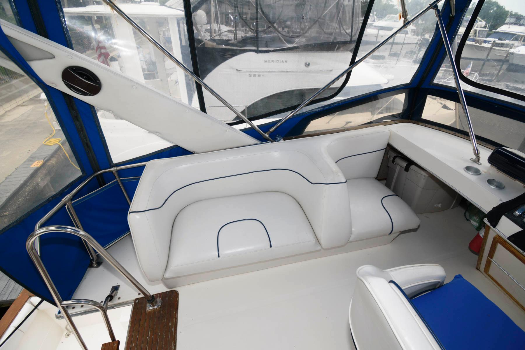 F 6069 SK Knot 10 Yacht Sales