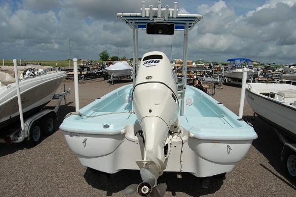 1999 Polar boat for sale, model of the boat is 21 Bay Fishmaster & Image # 4 of 11