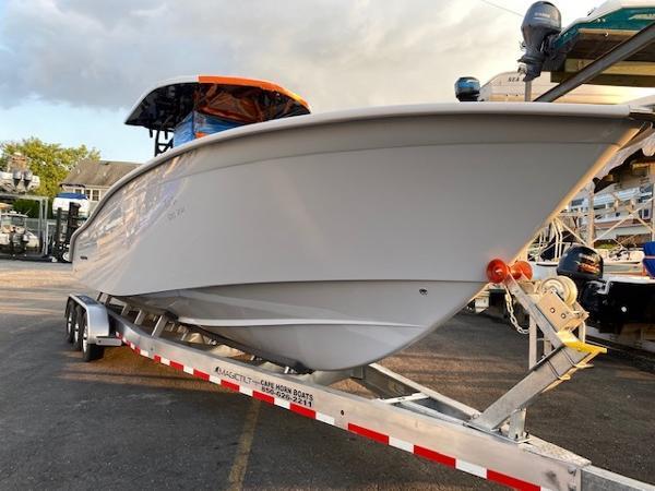 2021 Cape Horn Yachts 32 XS