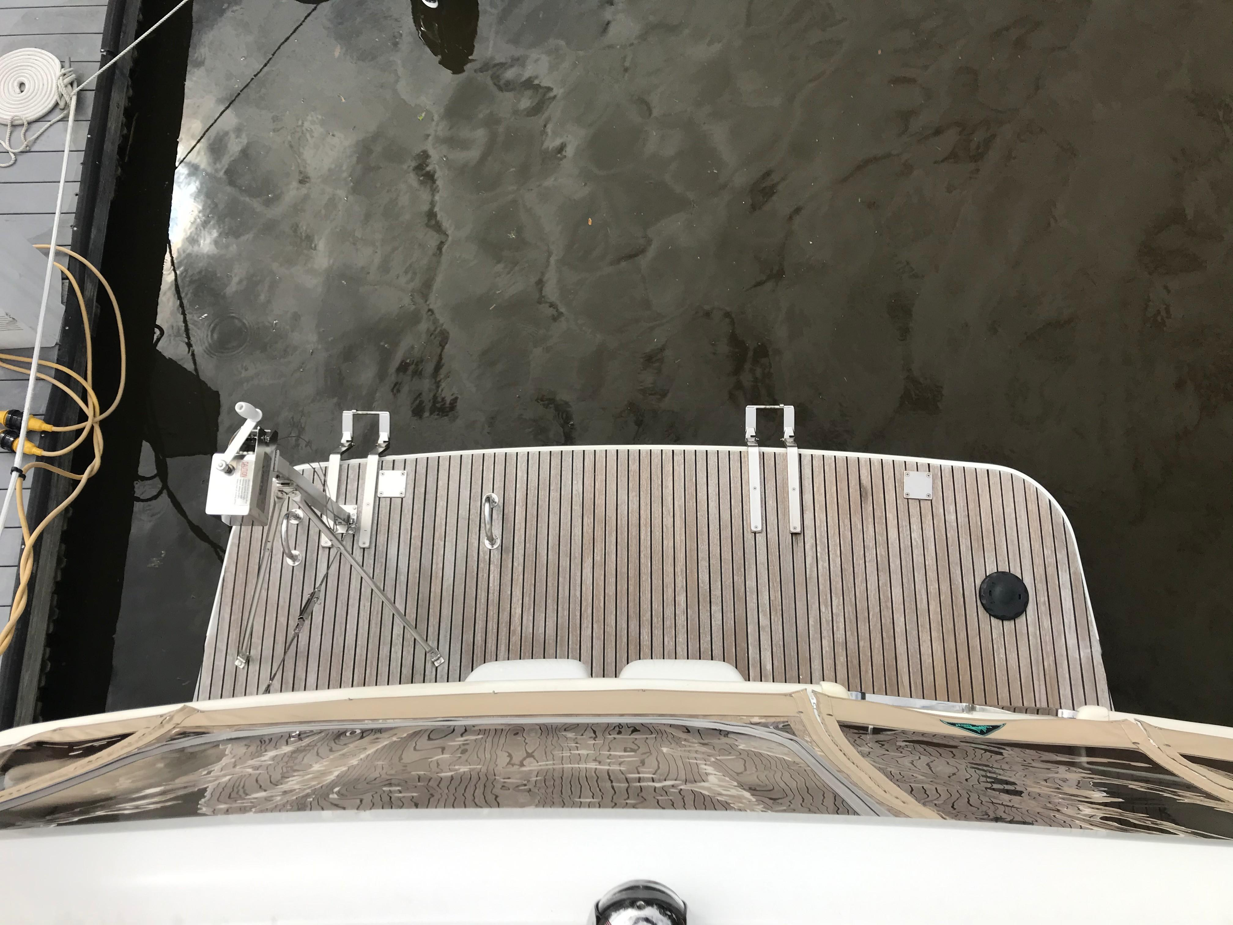 Beneteau 34 Swift Trawler - View of Swim platform from above