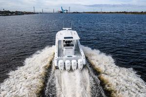 2020 42 Yellowfin Offshore - Profile (13)