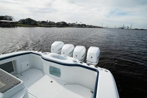 2020 42 Yellowfin Offshore - Stern