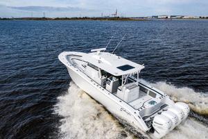 2020 42 Yellowfin Offshore - Profile (14)