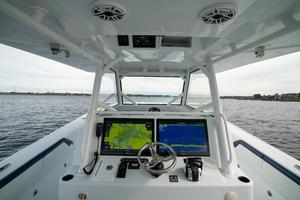 2020 42 Yellowfin Offshore - Helm (3)