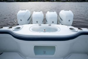 2020 42 Yellowfin Offshore - Engines