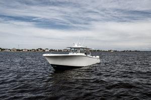 2020 42 Yellowfin Offshore - Profile (6)