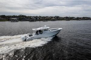 2020 42 Yellowfin Offshore - Profile (9)