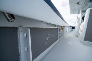 2020 42 Yellowfin Offshore - Rod Storage