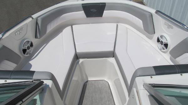2019 Chaparral boat for sale, model of the boat is 21 H2O Sport & Image # 9 of 13