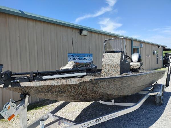 2021 Xpress boat for sale, model of the boat is H190B & Image # 5 of 14