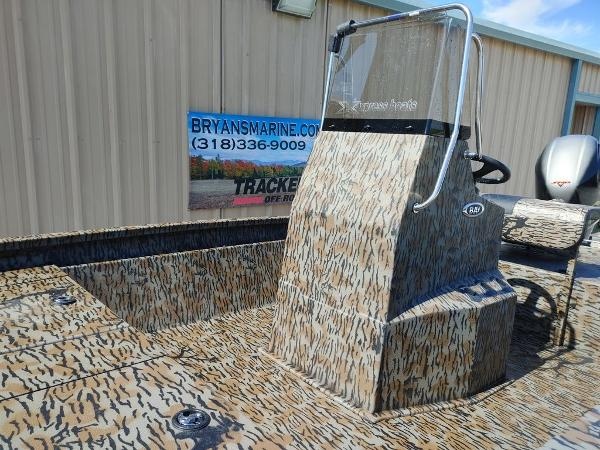 2021 Xpress boat for sale, model of the boat is H190B & Image # 6 of 14
