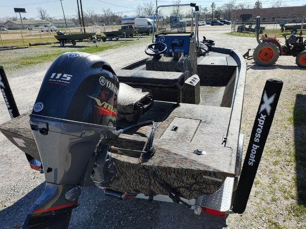 2021 Xpress boat for sale, model of the boat is H190B & Image # 9 of 14