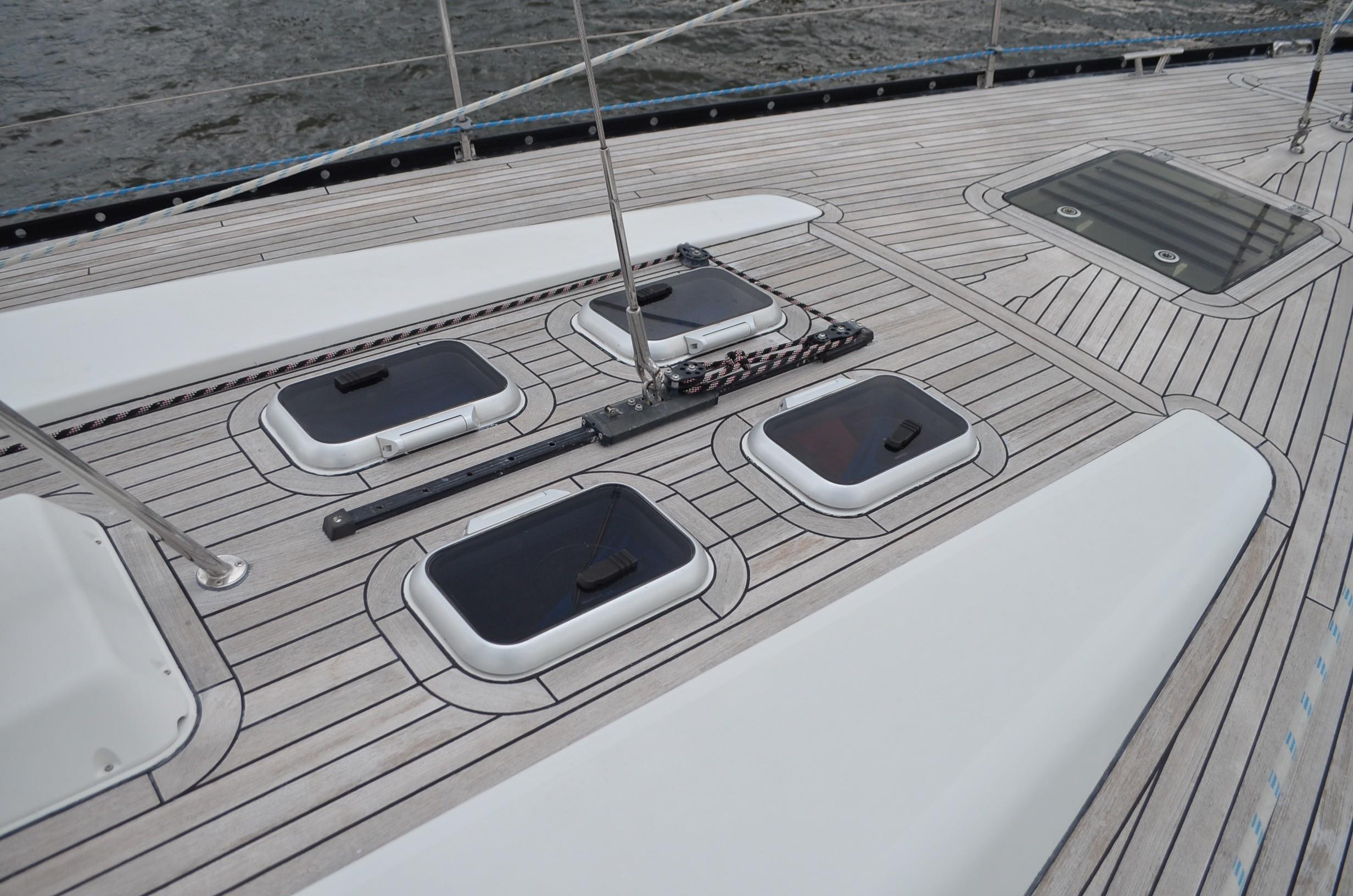 I 4531 SK Knot 10 Yacht Sales