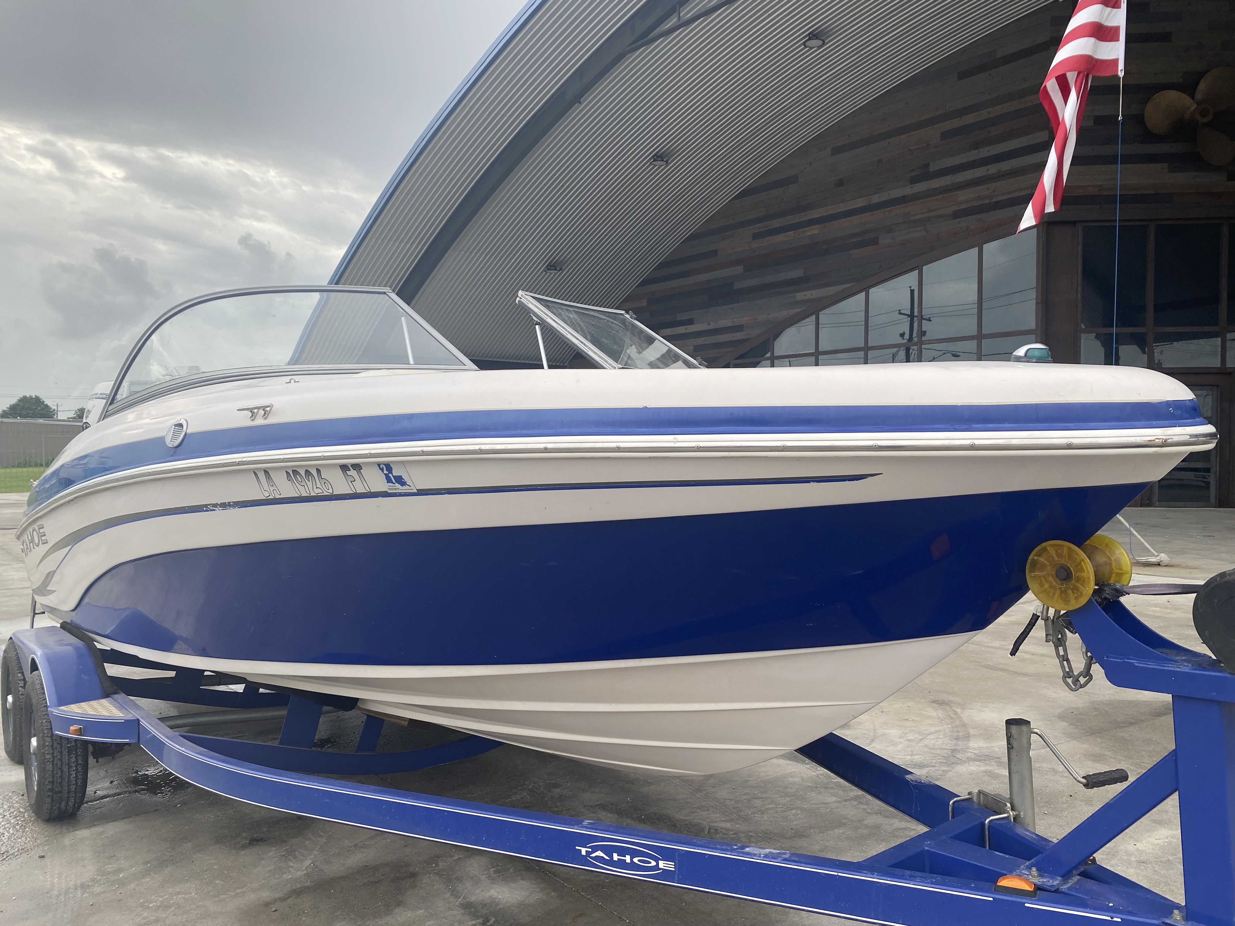 2008 Tahoe boat for sale, model of the boat is Q6 & Image # 2 of 10