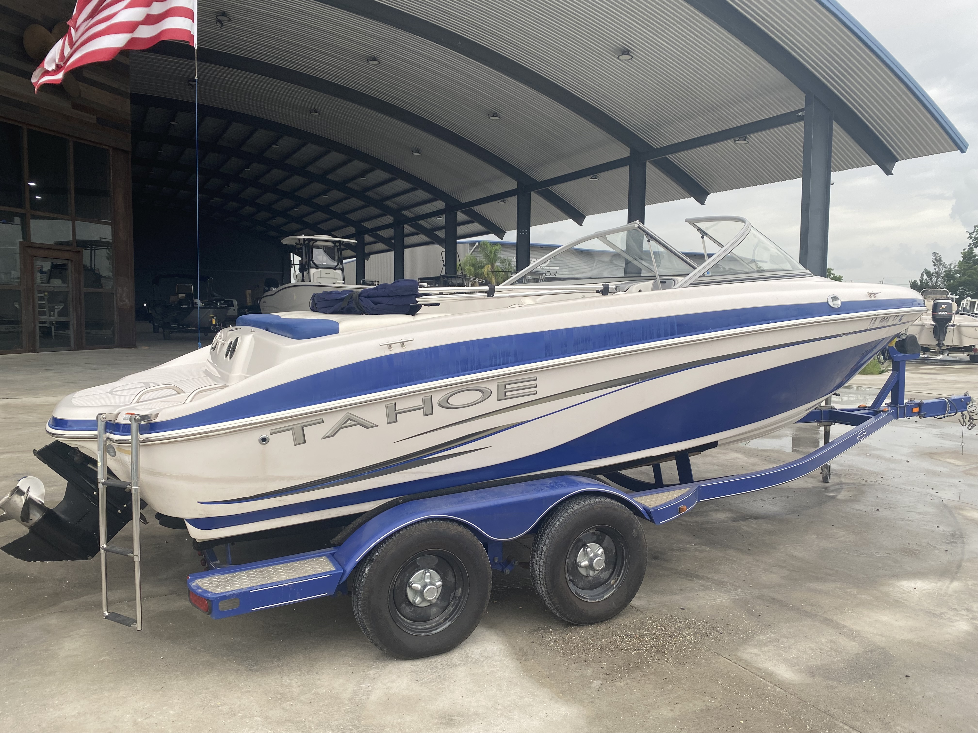 2008 Tahoe boat for sale, model of the boat is Q6 & Image # 3 of 10