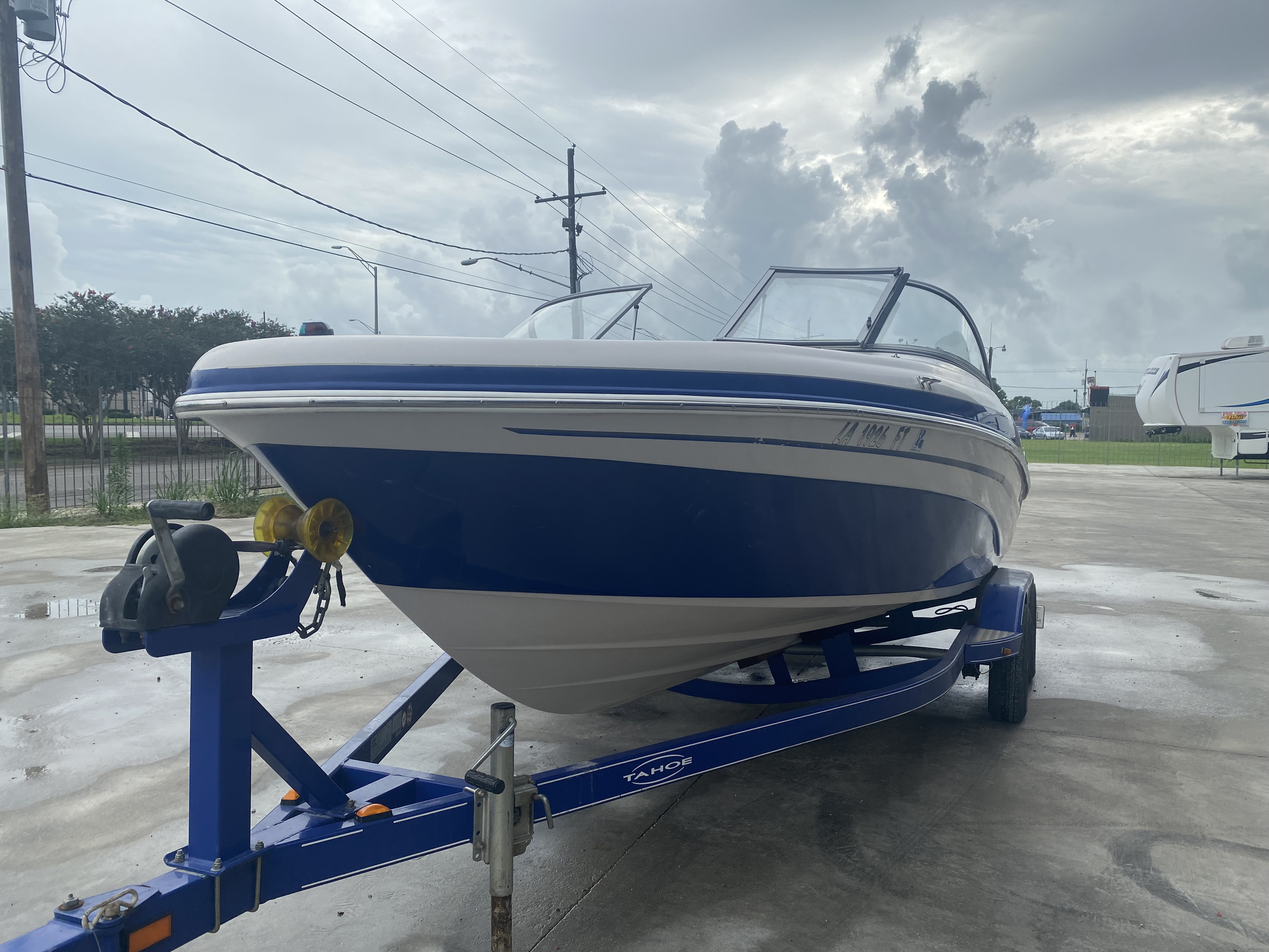 2008 Tahoe boat for sale, model of the boat is Q6 & Image # 4 of 10