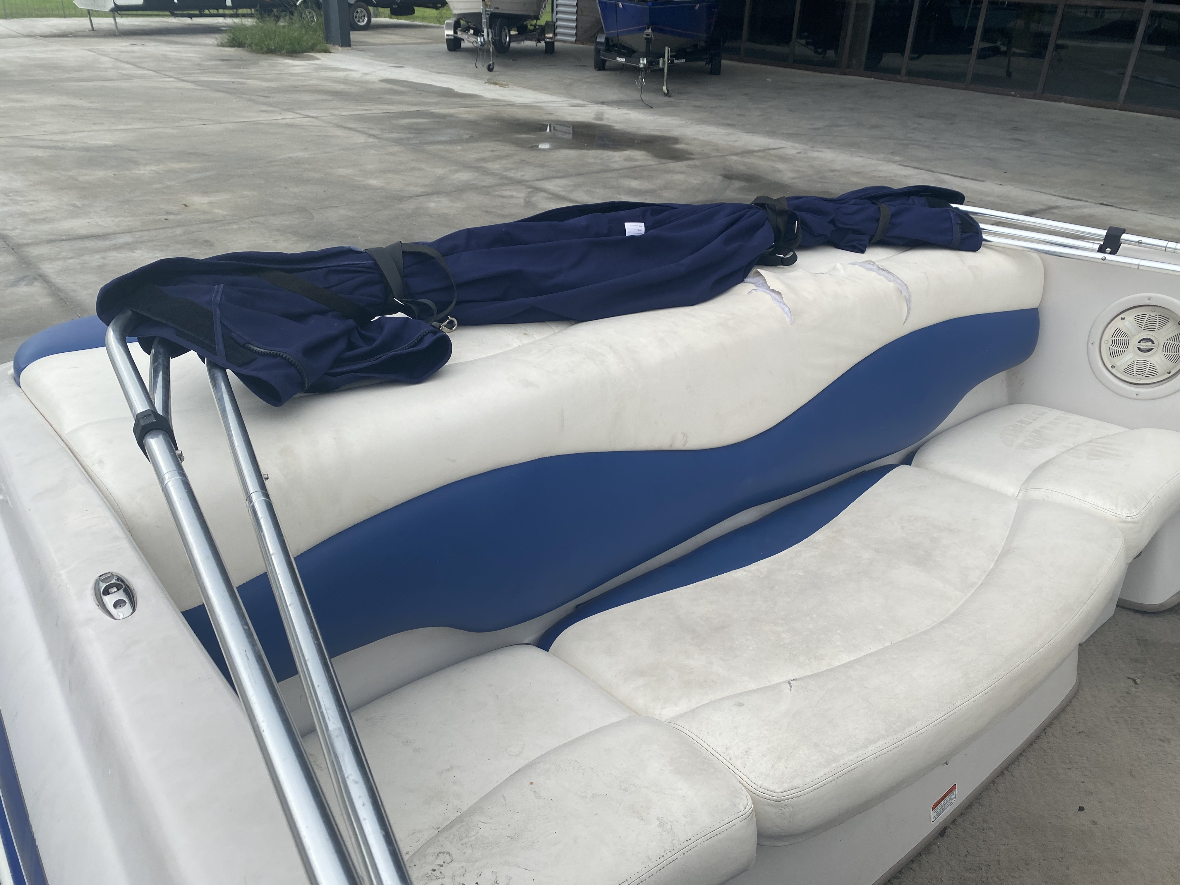 2008 Tahoe boat for sale, model of the boat is Q6 & Image # 5 of 10