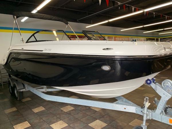 2022 Bayliner boat for sale, model of the boat is DX2250 & Image # 3 of 11