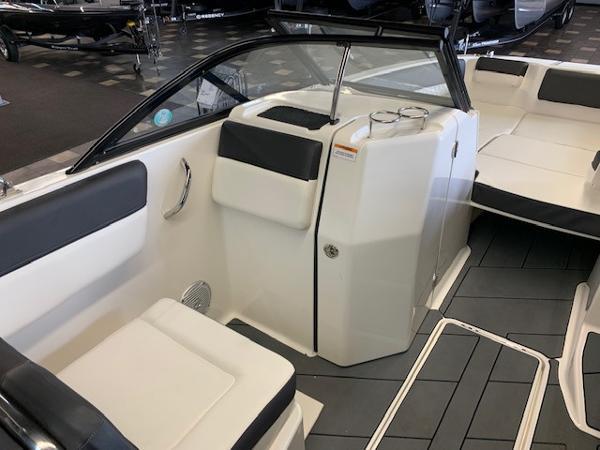 2022 Bayliner boat for sale, model of the boat is DX2250 & Image # 7 of 11