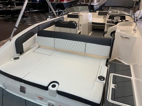 2022 Bayliner boat for sale, model of the boat is DX2250 & Image # 8 of 11