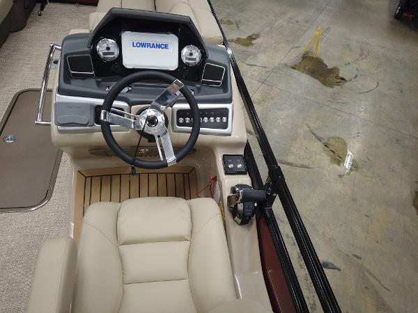 2021 Regency boat for sale, model of the boat is 230 LE3 Sport & Image # 10 of 17