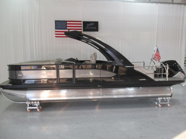 2021 Barletta boat for sale, model of the boat is L23UCA TRI & Image # 2 of 25