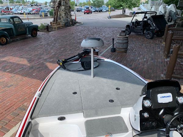 2021 Nitro boat for sale, model of the boat is Z17 & Image # 1 of 10