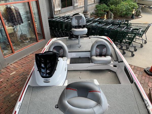 2021 Nitro boat for sale, model of the boat is Z17 & Image # 4 of 10