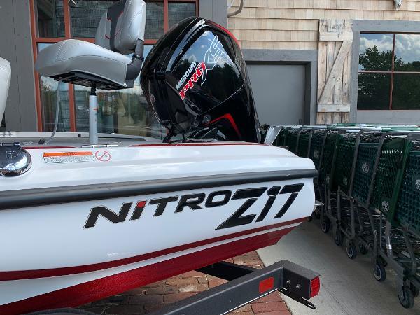 2021 Nitro boat for sale, model of the boat is Z17 & Image # 6 of 10
