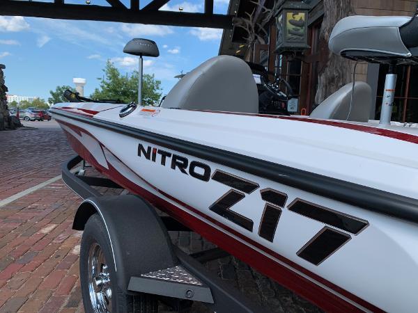 2021 Nitro boat for sale, model of the boat is Z17 & Image # 7 of 10