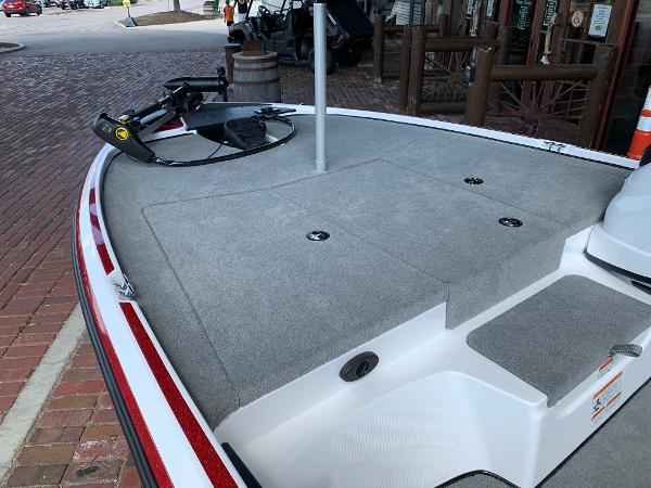 2021 Nitro boat for sale, model of the boat is Z17 & Image # 9 of 10